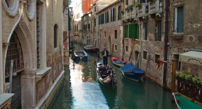 1 Venice Travel Diary fashionvictress.com-3