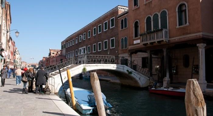 20 Venice Travel Diary fashionvictress.com-17