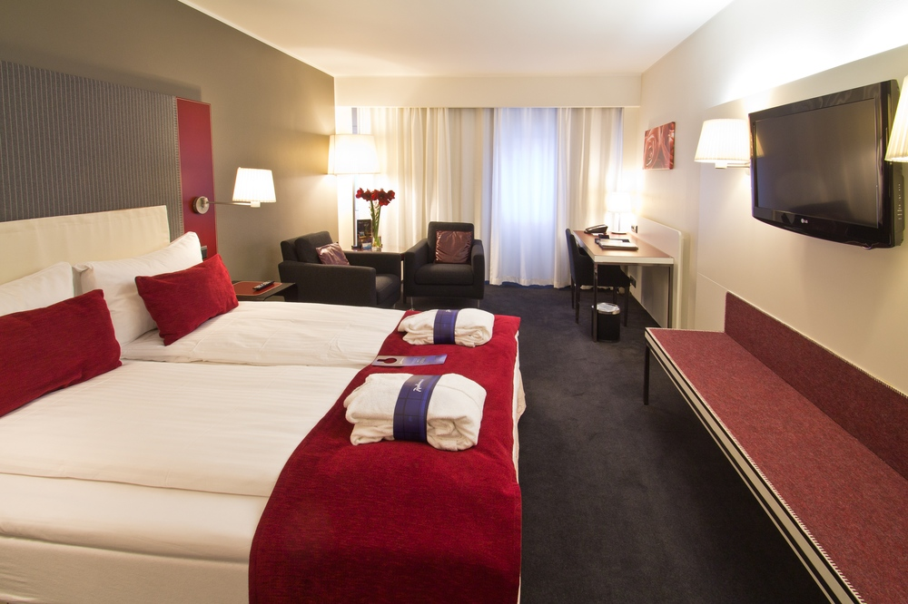 radisson_blu_plaza_oslo_hotel_view_03