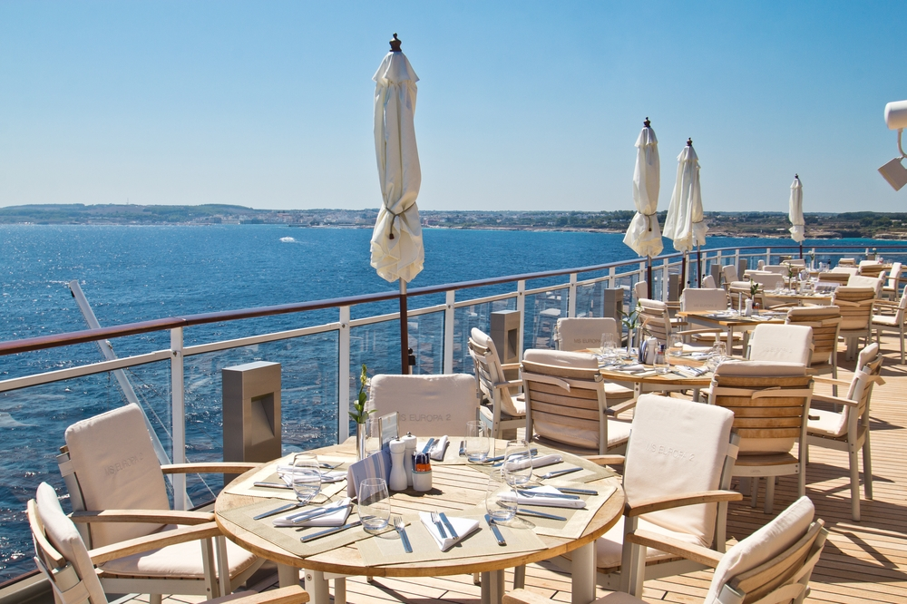 ms_europa_2_restaurant_yachtclub